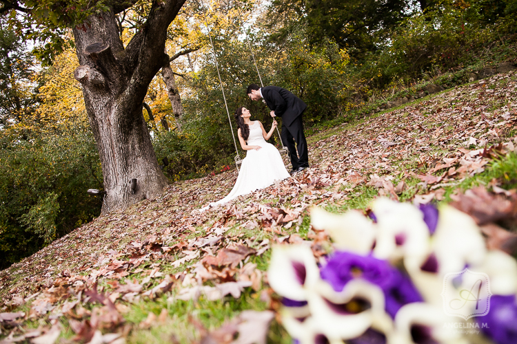 crossed keys autumn outdoor wedding 10