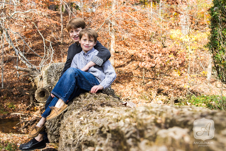 outdoor family portraits fenimore park wayne pa10