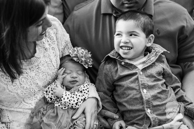 chalfont pa newborn family portraits-5